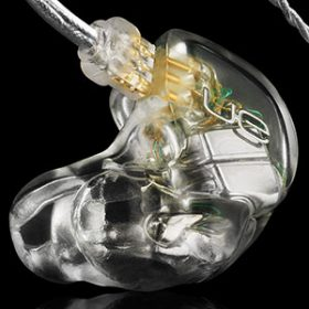 akoustika in ear